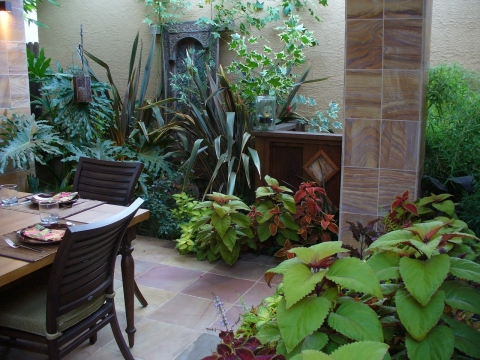 Simple Ways to Decorate a Patio Picture