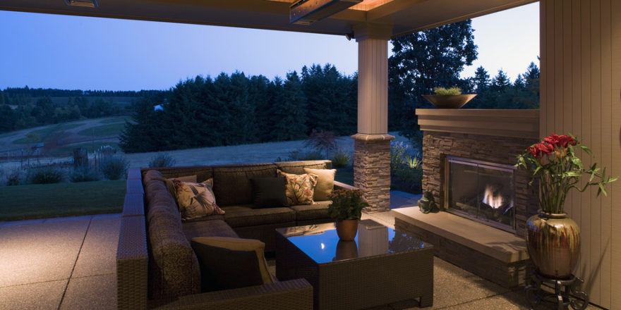 Simple-Ways-to-Decorate-a-Patio-Picture